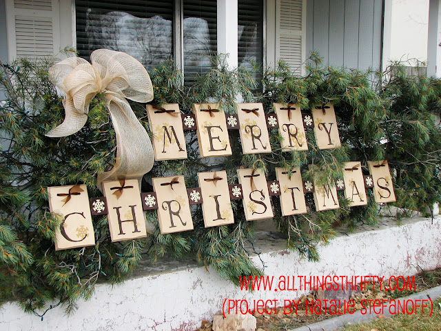beautiful outdoor decor idea for Christmas